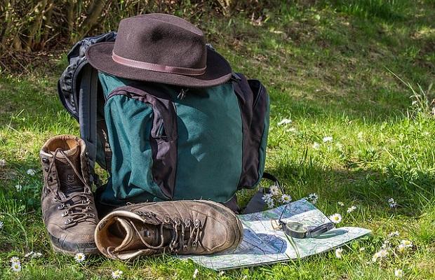 Work and Travel, Auslandspraktikum oder Auslandssemester: Brauchen Jugendliche oder Studenten eine Reiserücktrittsversicherung?